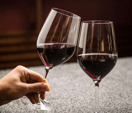와인 1잔 추가